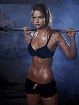 What Is The Best Collagen Protein Powder - Fitness girl sweating