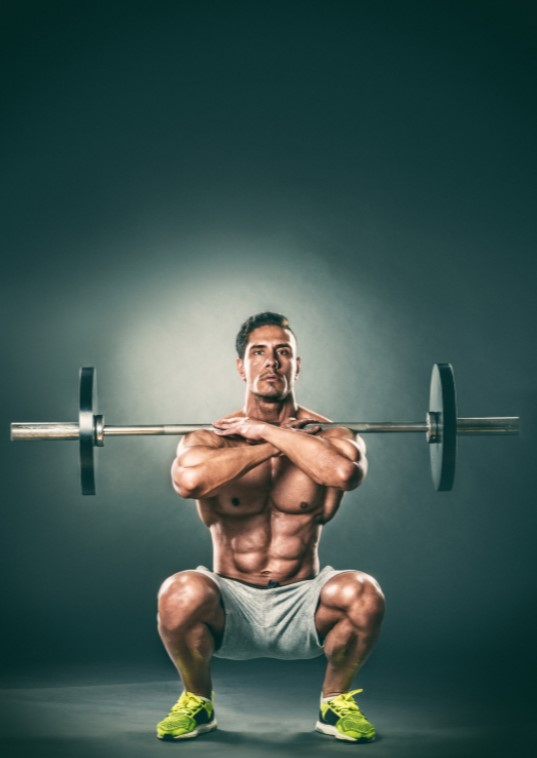 how to do a front squat - man doing front squat start position